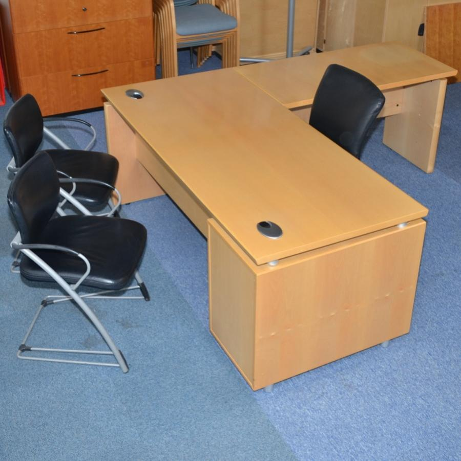Maple Veneer 1800x2000 Executive Workstation