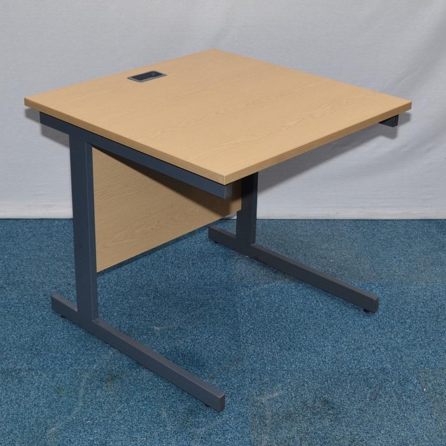 Executive Desk Light Oak: Light Oak 800x800 Straight Desk
