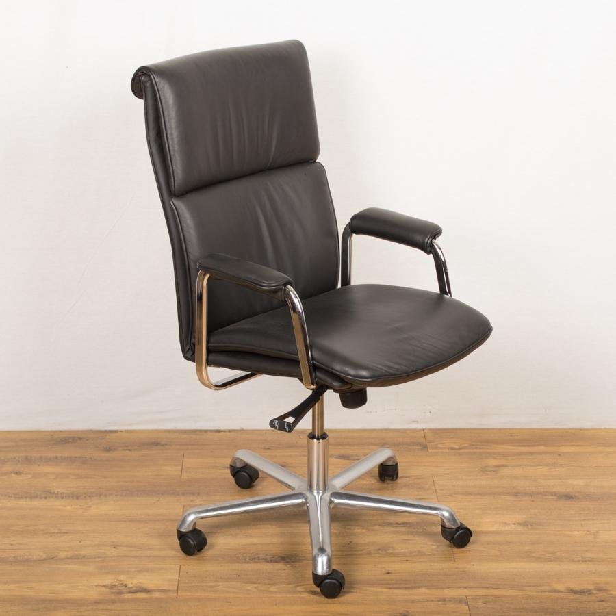 boss design delphi black leather managers chair
