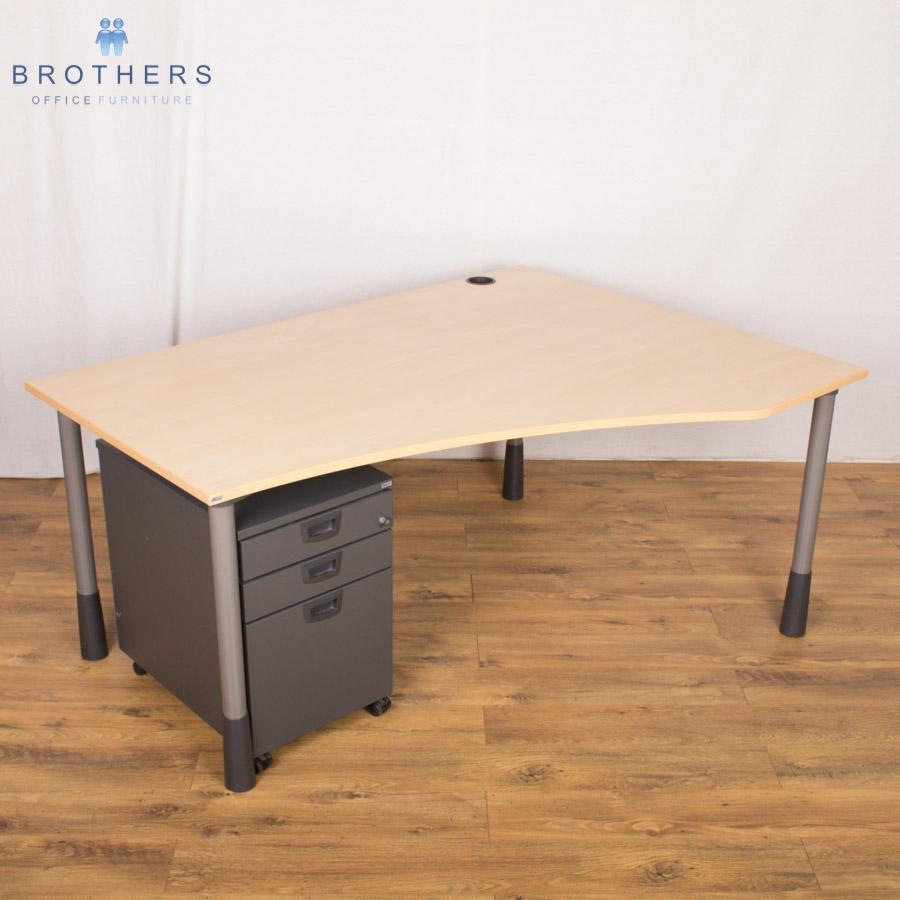 Kinnarps Maple Height Adjustable Wave Desk