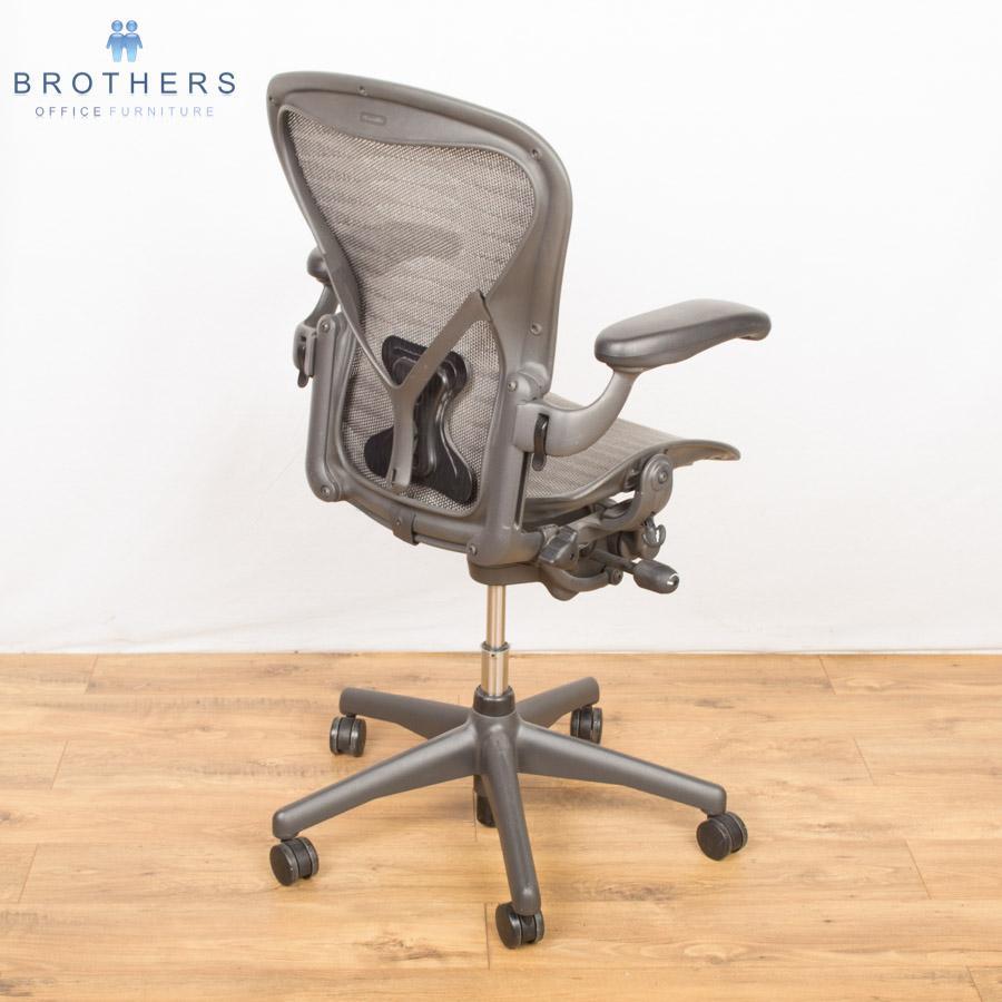 herman miller aeron size b task chair tuxedo
