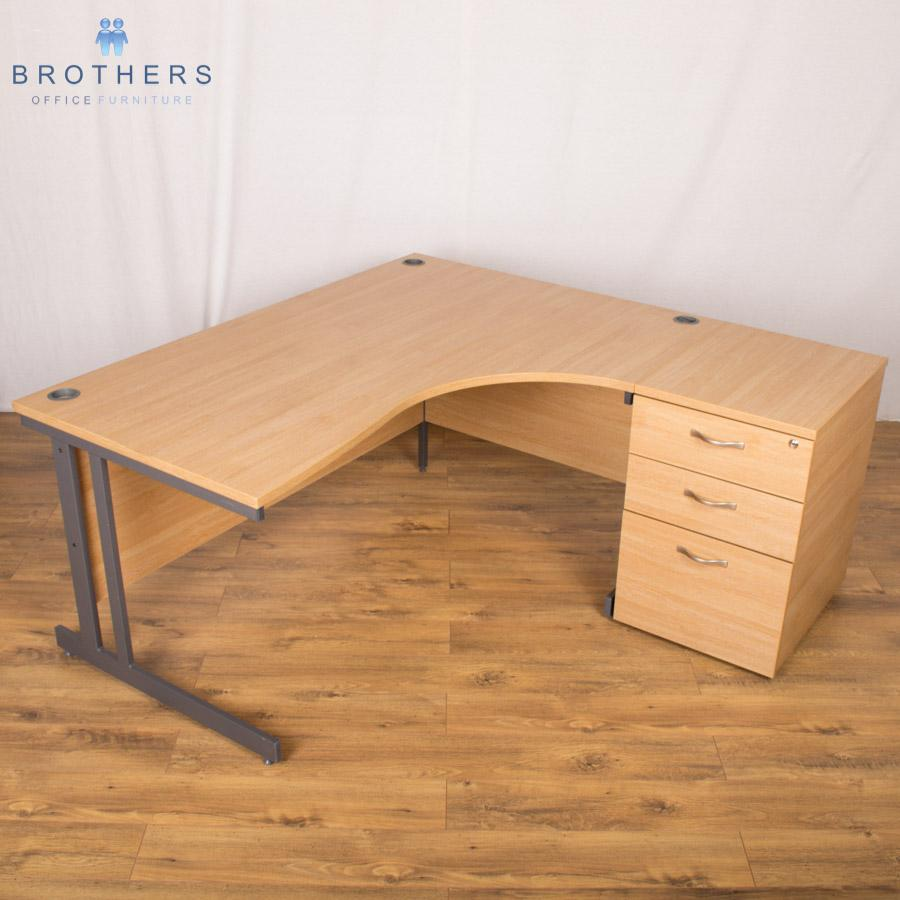 Dams Limed Oak 1600x1600 Corner Workstation