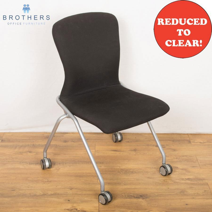 Boss Wheeled Meeting Chair
