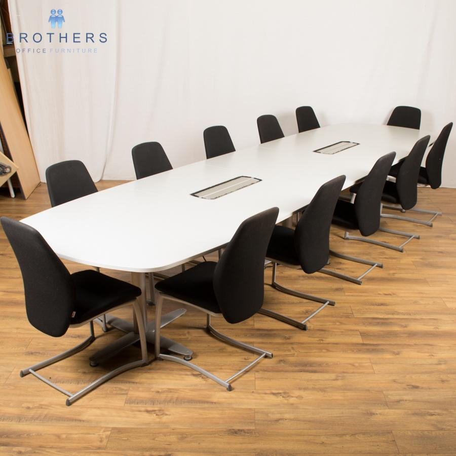 kinnarps light grey 4400x1200 boardroom table
