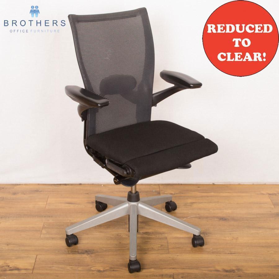 Comforto Adjustable Mesh Back Operators Chair