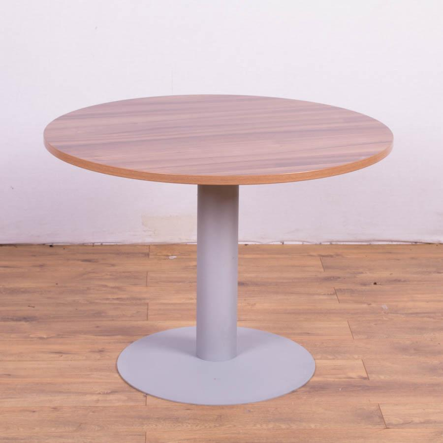 Walnut Effect 1000D Round Meeting Table