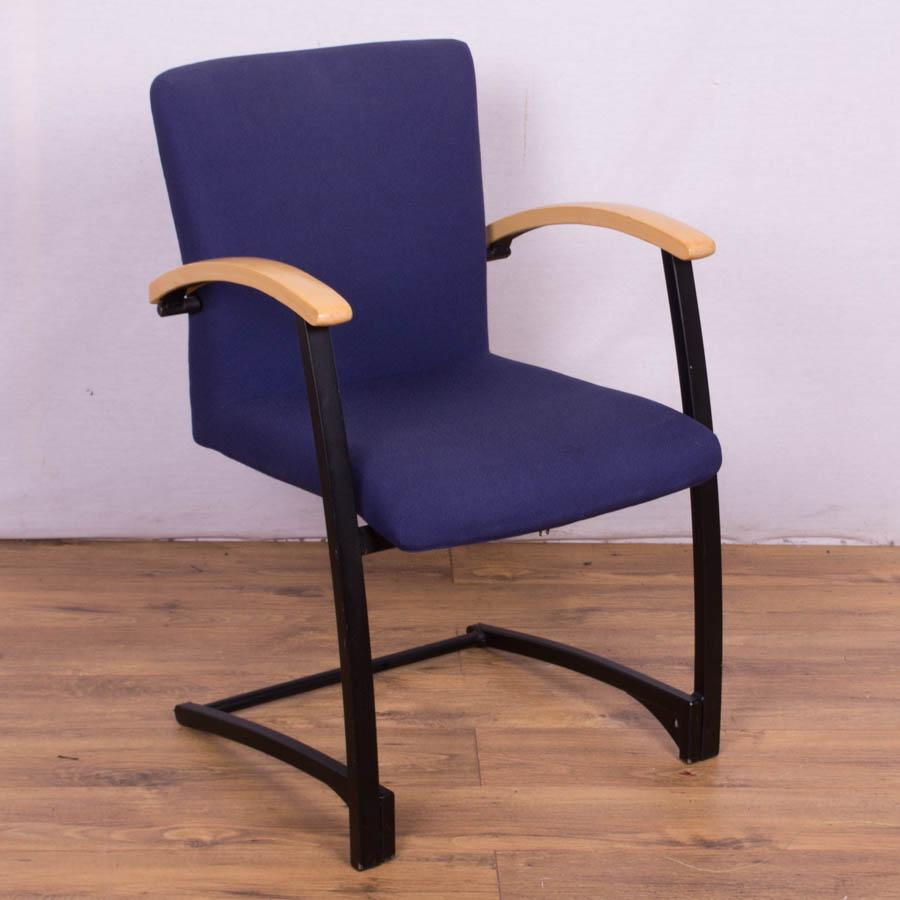 Kinnarps Arcus Blue Meeting Chair