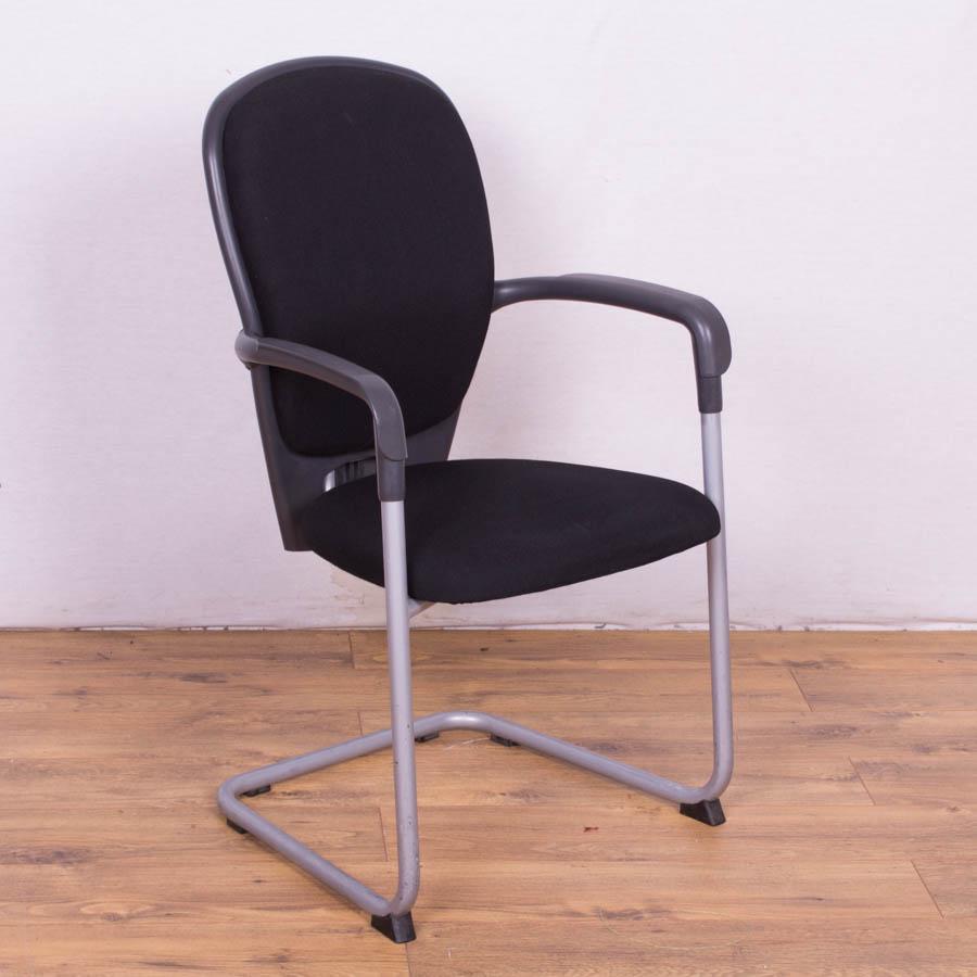 Kinnarps Black High Back Meeting Chair