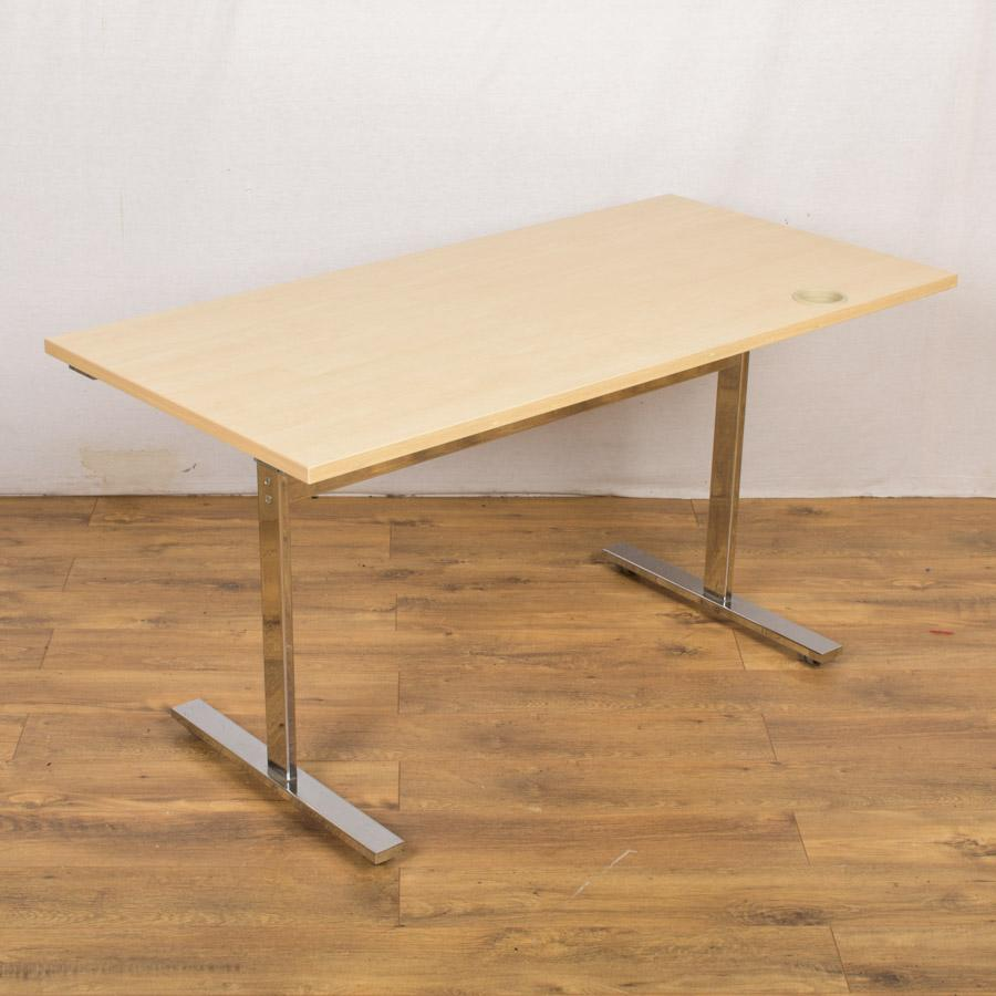 Vivante Maple 1400x700 Tilt Top Table - Cable Port
