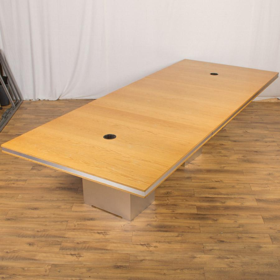 Oak Veneer 4040x1600 Boardroom Table