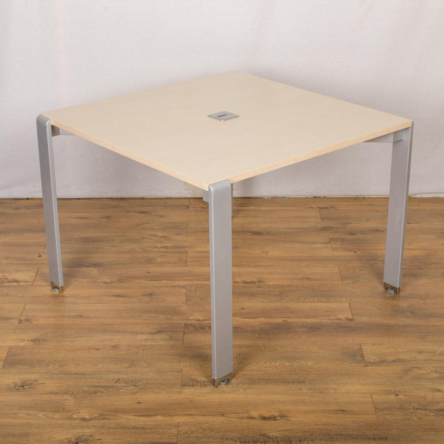 Maple 1000x1000 Bench Style Office Table