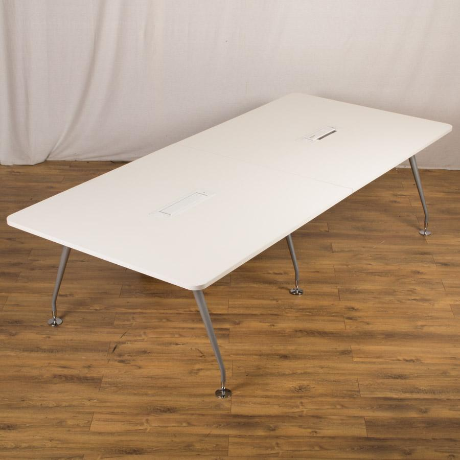 Mobili White 2800x1250 Conference Table