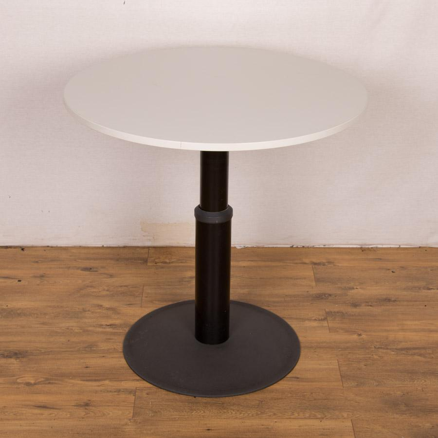 Kinnarps Light Grey 900D Round Office Table