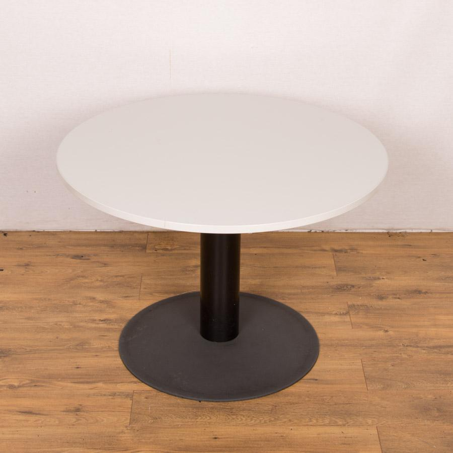 Light Grey 900D Round Office Table