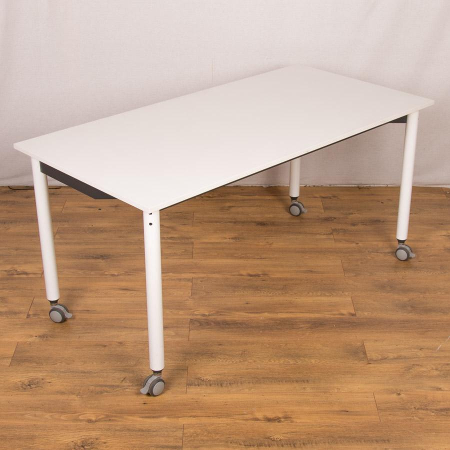 Funky White 1500x750 Tilt Top Table