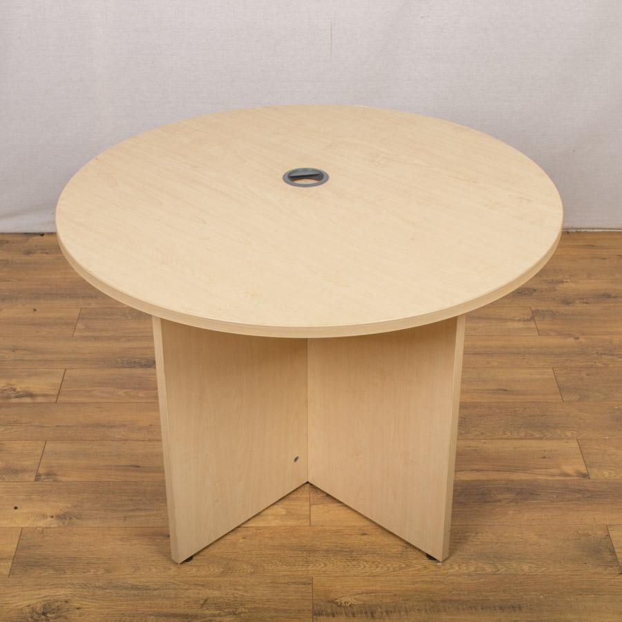 Maple 1000D Round Table with Cable Port