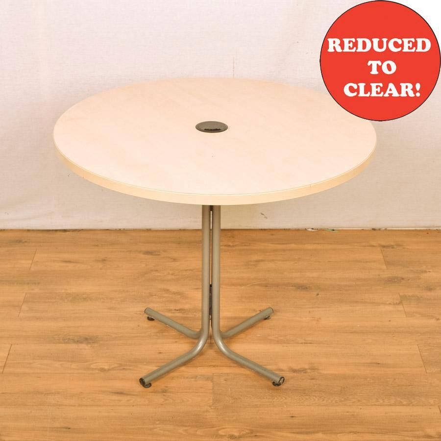 Maple 900D Round Office Table (RT18)