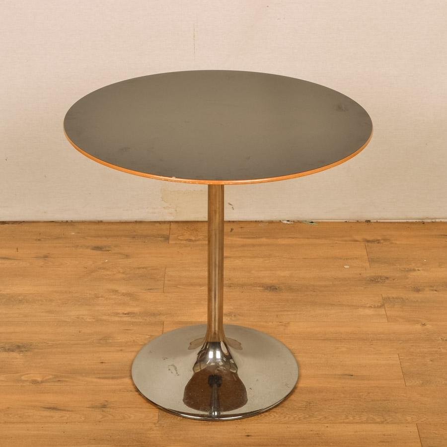 Black 750D Round Office Table (RT29)
