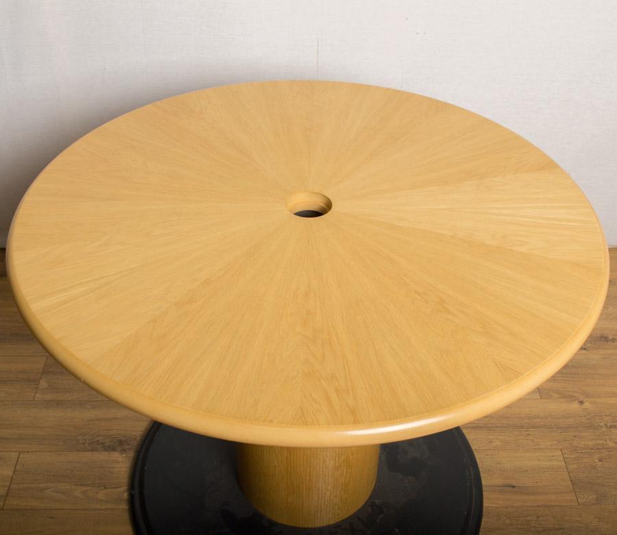 Starburst Oak Veneer 1000D Round Office Table (RT50)