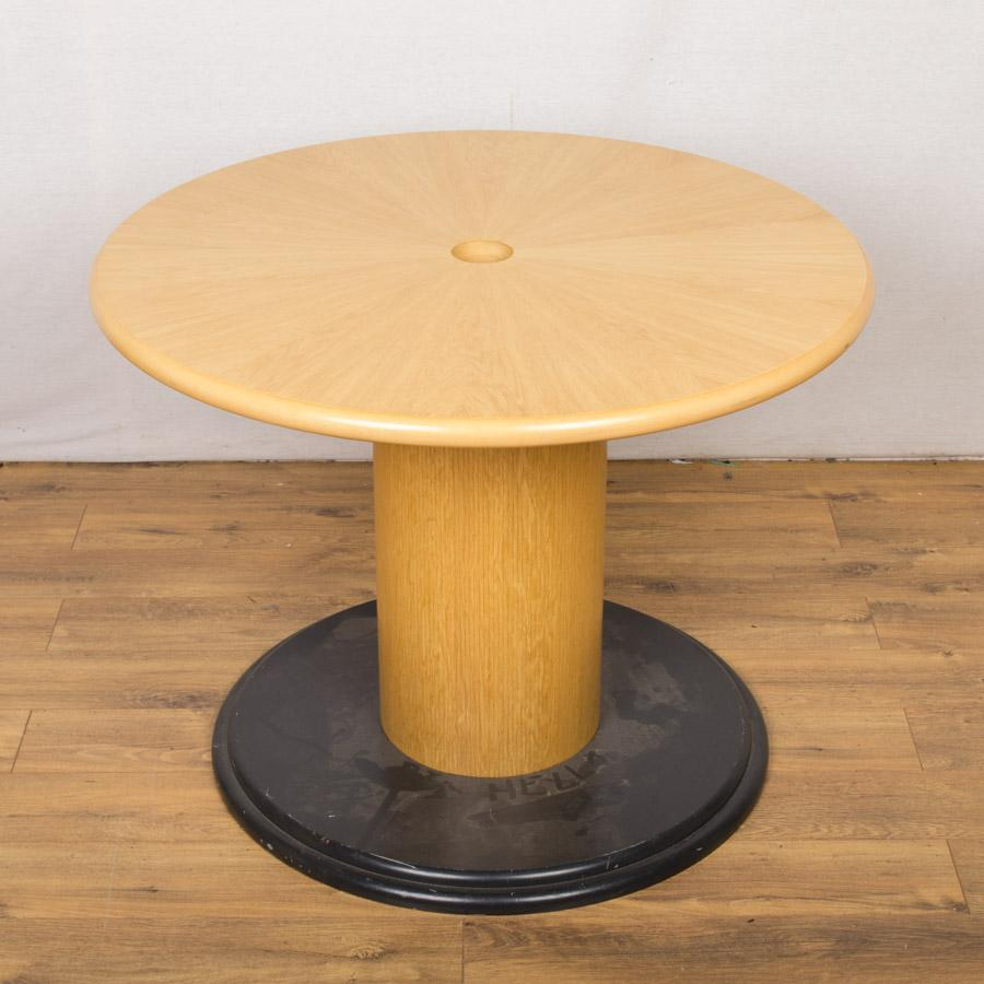Starburst Oak Veneer 1000D Round Office Table (RT50)