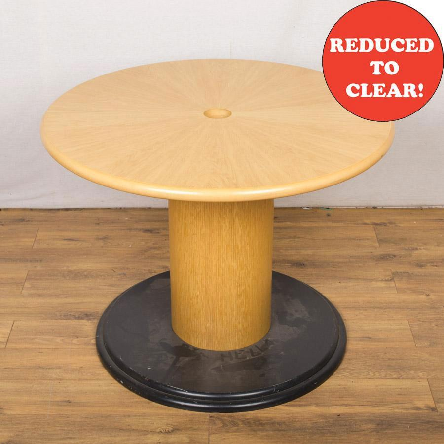 Starburst Oak Veneer 1000D Round Office Table (RT5