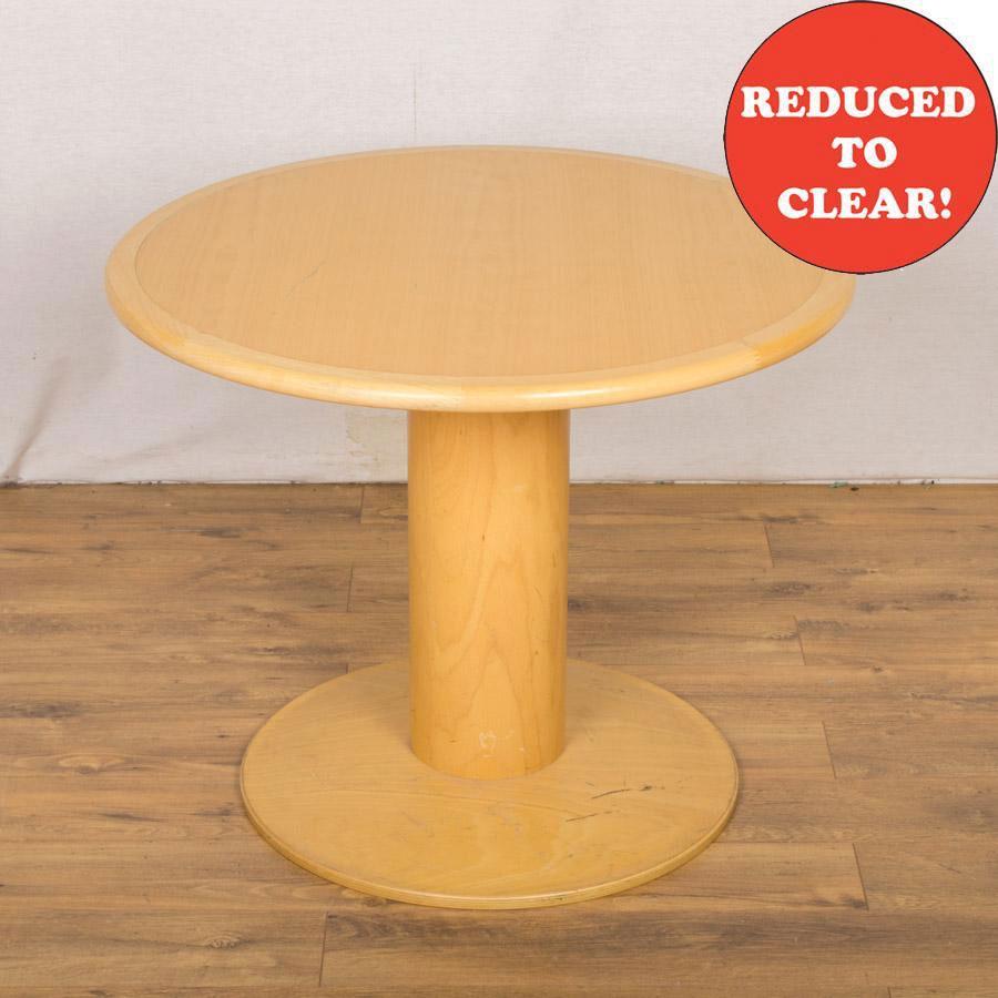 Kinnarps Beech Veneer 900D Round Office Table (RT69)