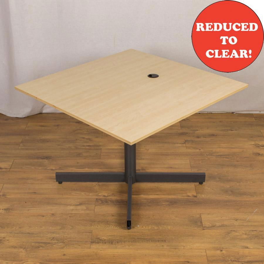 Maple 1000x1000 Square Meeting Table