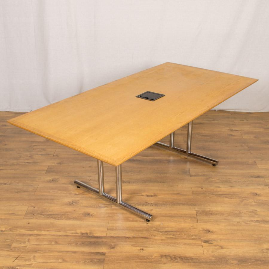Oak Veneer 2000x1000 Meeting Table (MT194)