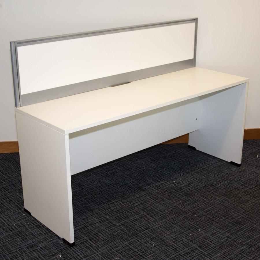 Senator White 1600x600 Straight Desk & Divider
