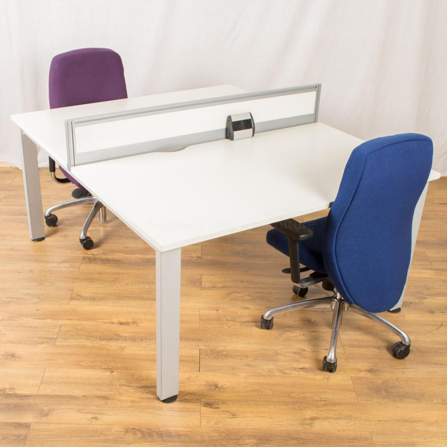Senator Freeway 1400x800 Bench Desk with Boss Neo Chair