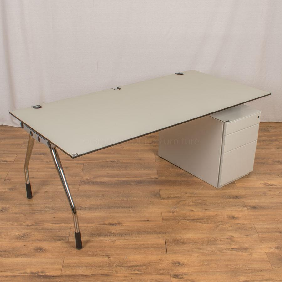 K&N Straight Desk | New Top | Choose Size & Finish