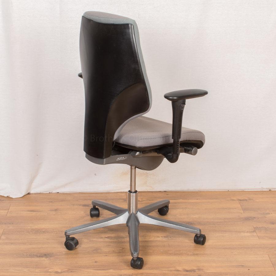 Giroflex 64 Grey Office Chair