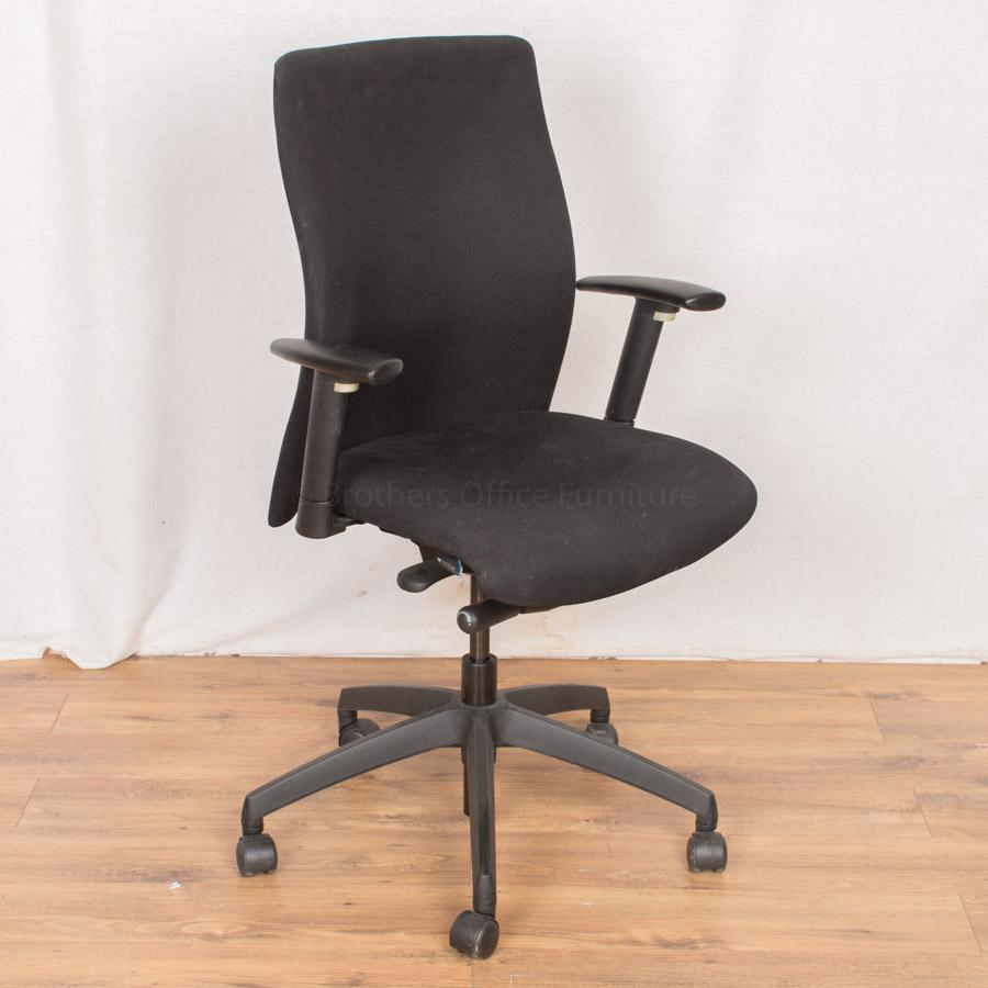 Vector Black Operators Chair