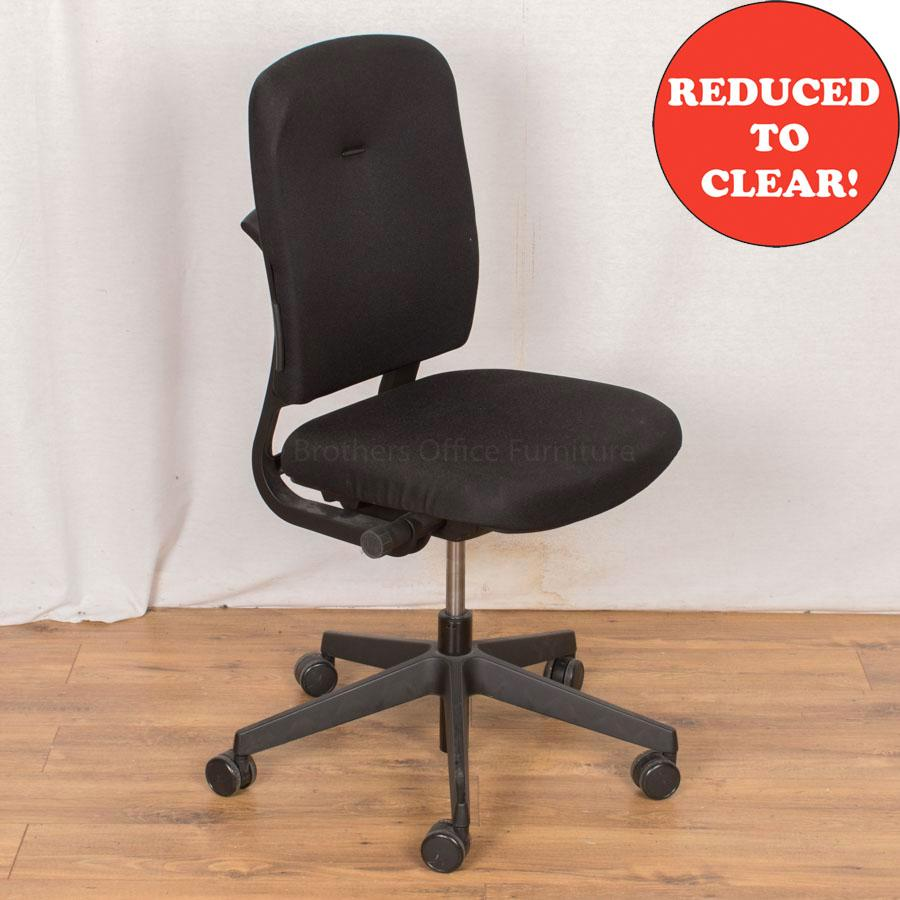 Senator ST640 Black Office Chair