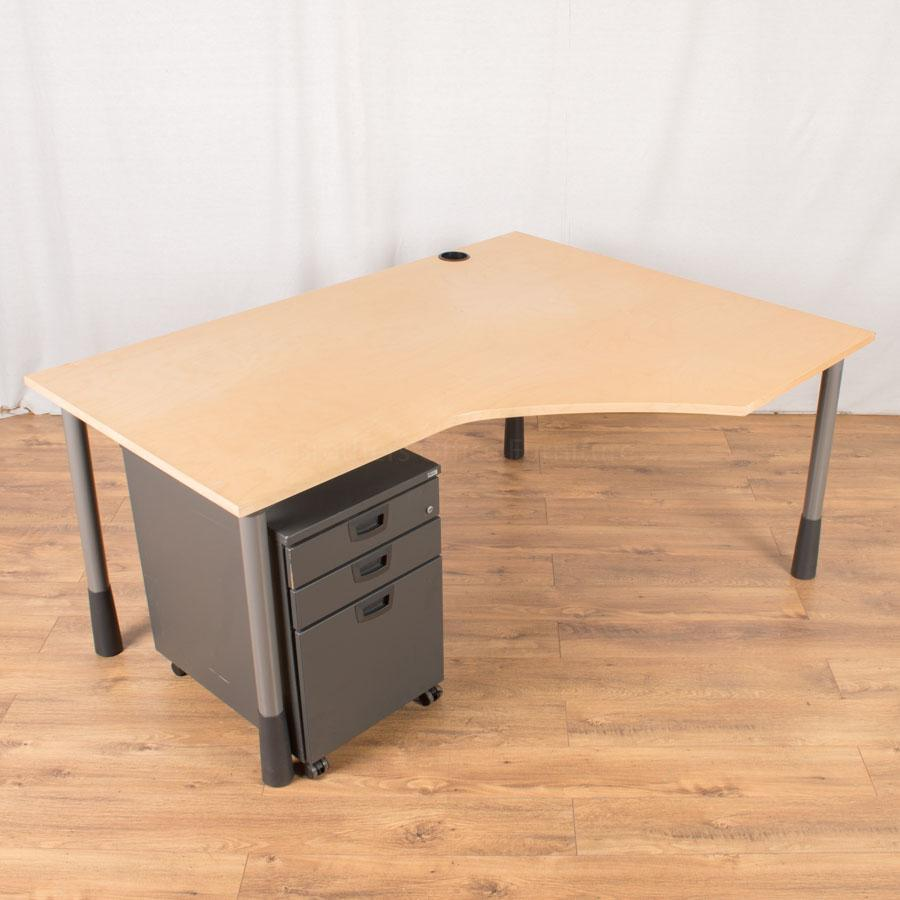 Kinnarps Maple Veneer Height Adjustable Wave Desk