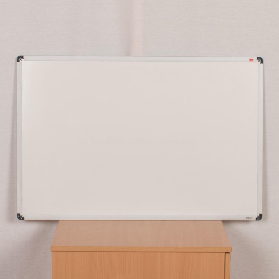 Whiteboard | 900x600