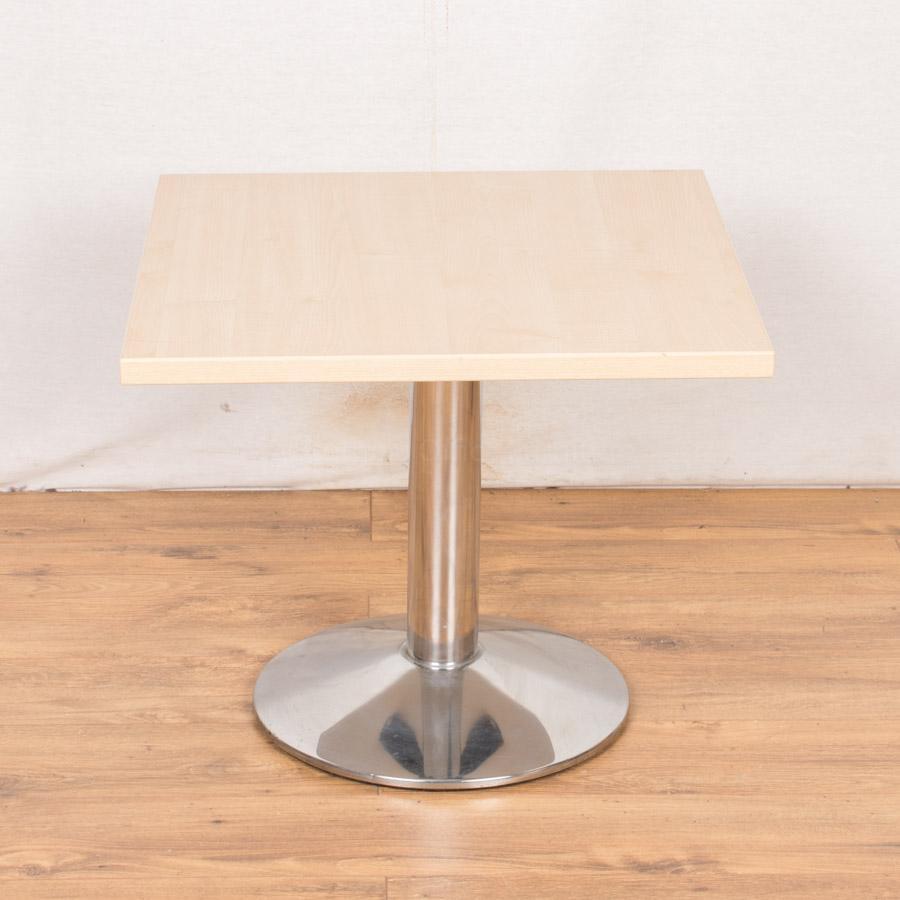 Maple 600W x 600D Coffee/Breakout Table