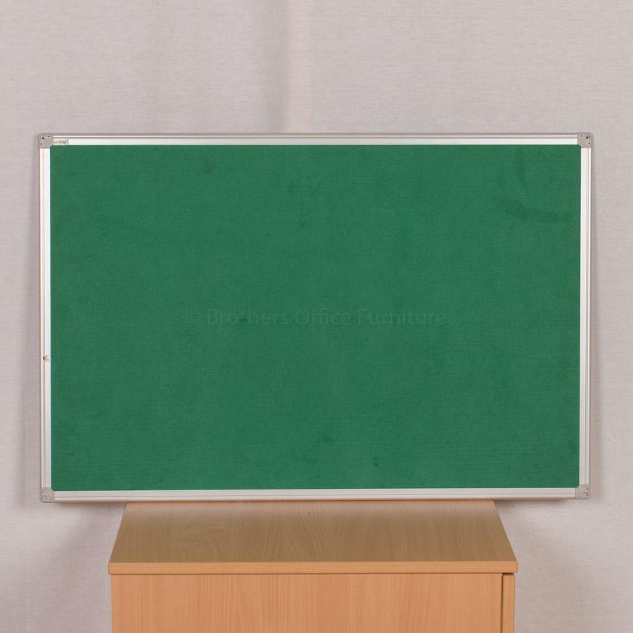 Pinboard | 900x600 | Green