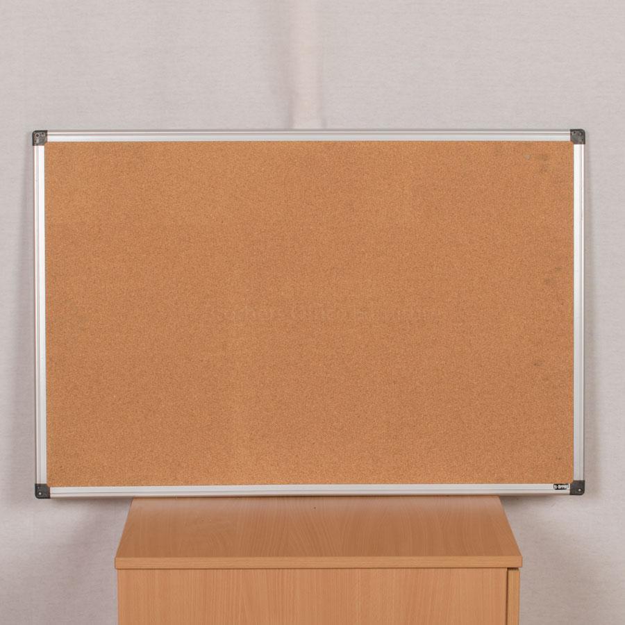 Pinboard | 900x600 | Cork