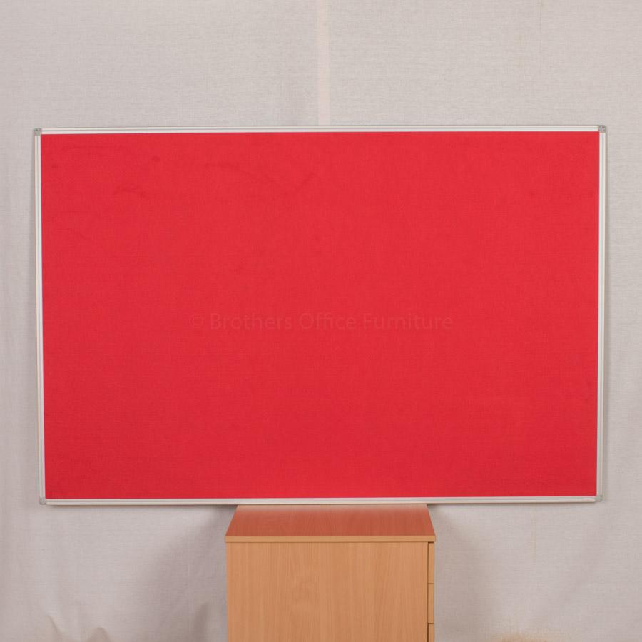Pinboard | 1800x1200 | Red
