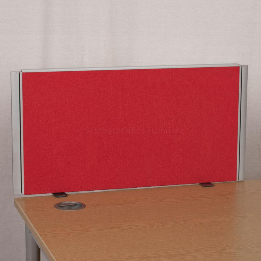 Red 800 Desk Divider (UDS12)