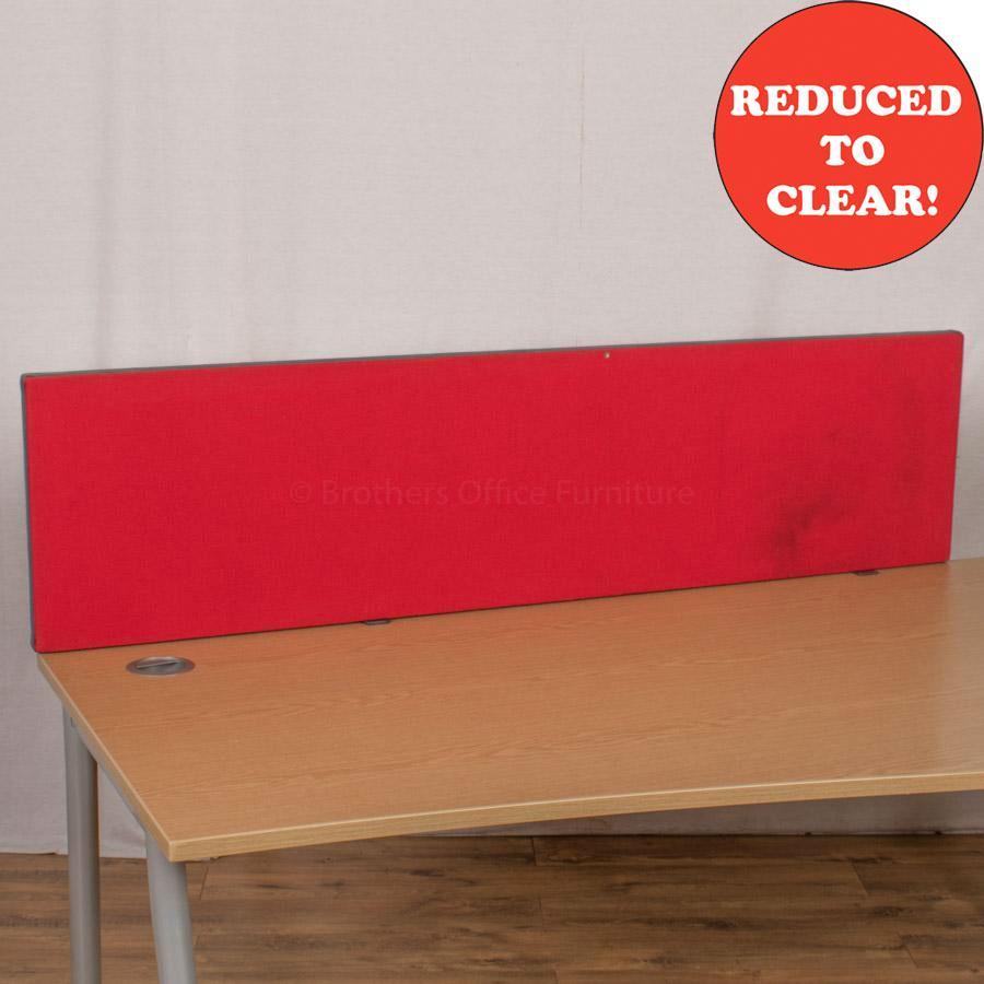 Red 1600 Desk Divider (UDS13)