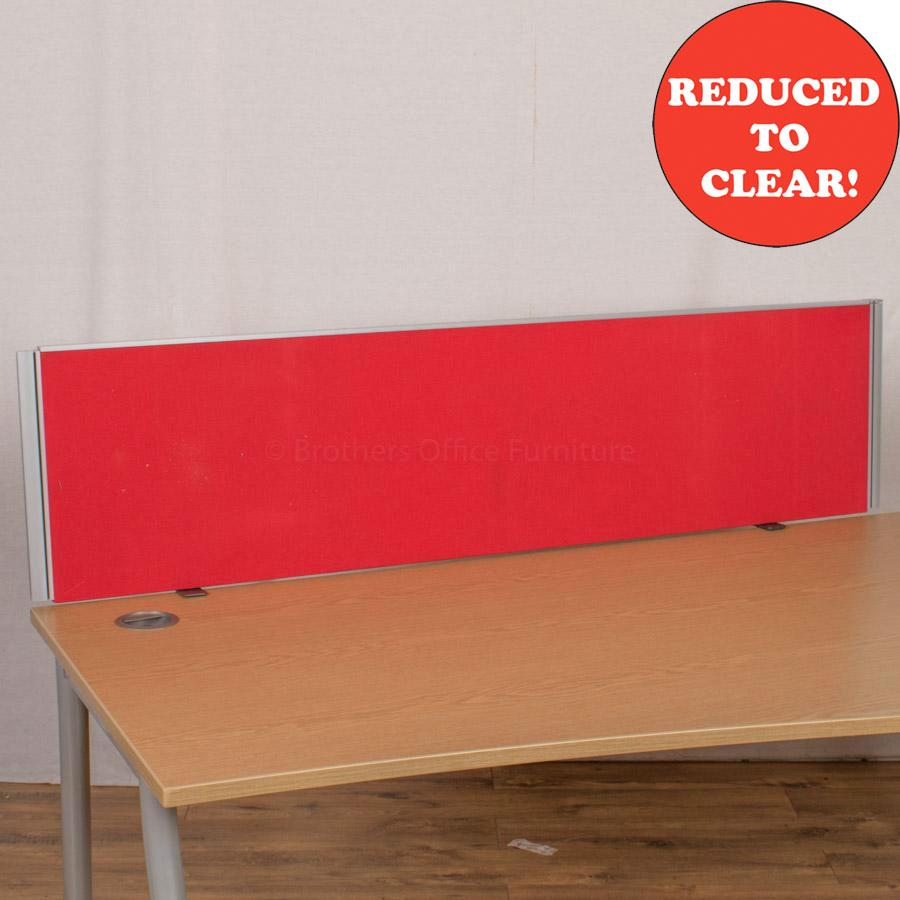 Red 1600 Desk Divider (UDS44)