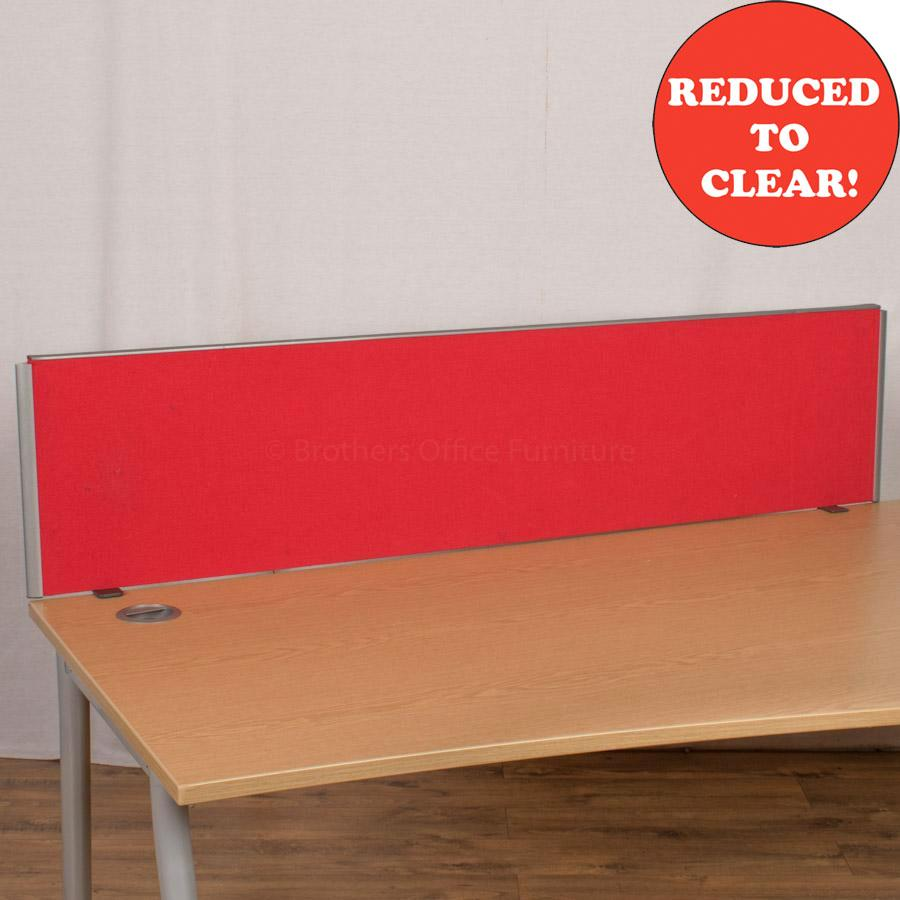 Red 1600 Desk Divider (UDS61)