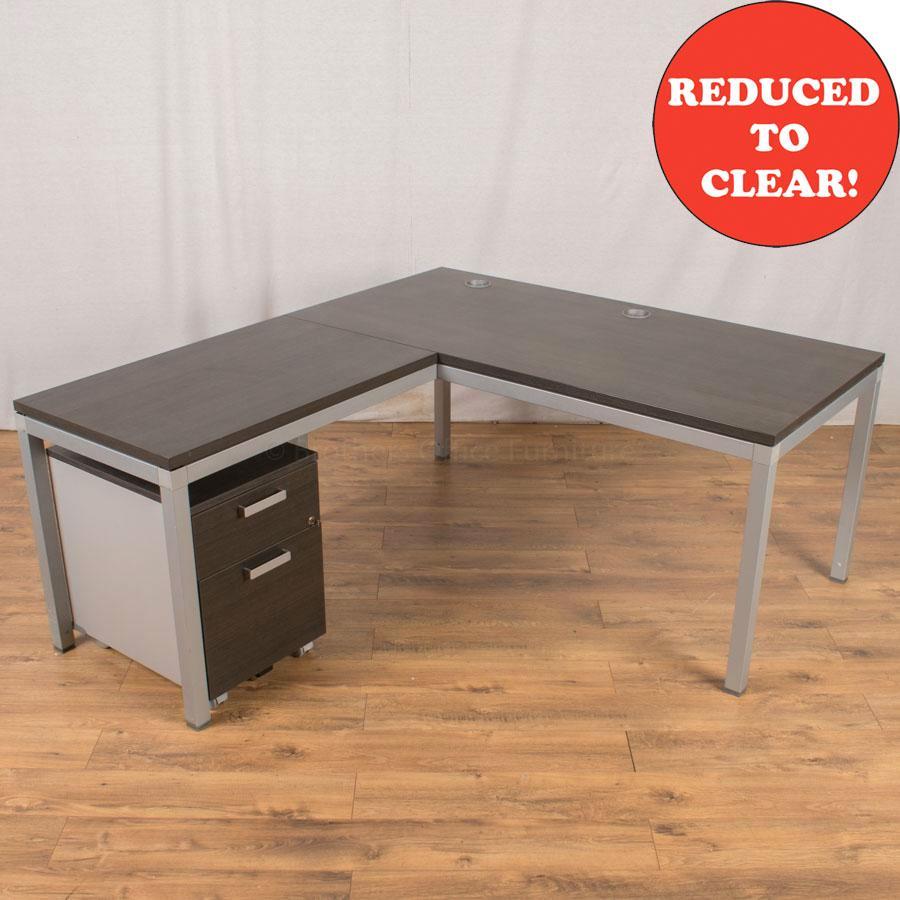 Walnut 1600x1760 Straight with Return Desk
