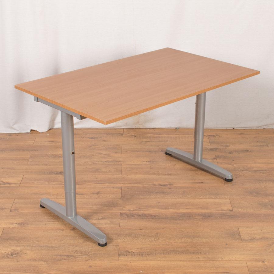 Oak Veneer 1205x750 Office Table