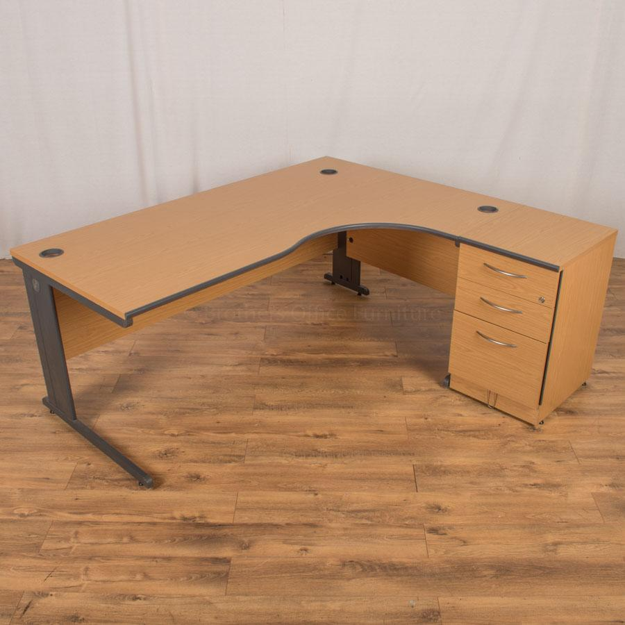 Sven Oak 1800x1600 Corner Workstation (CW81)