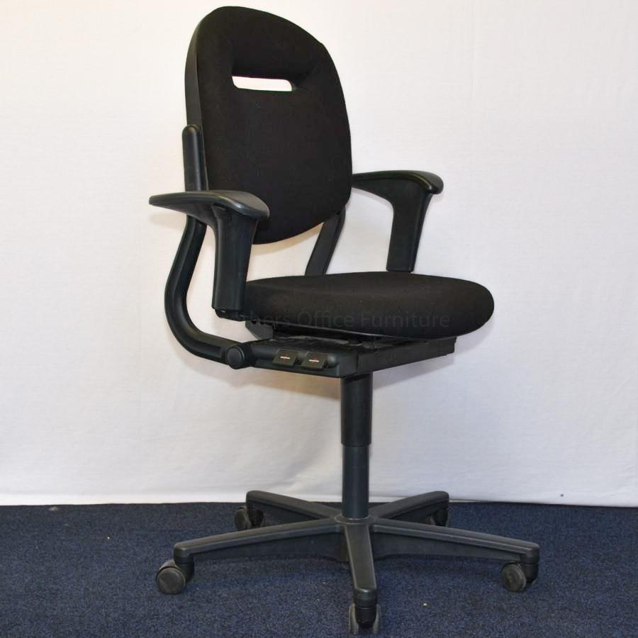 Ahrend 220 Operators Chair | Leather