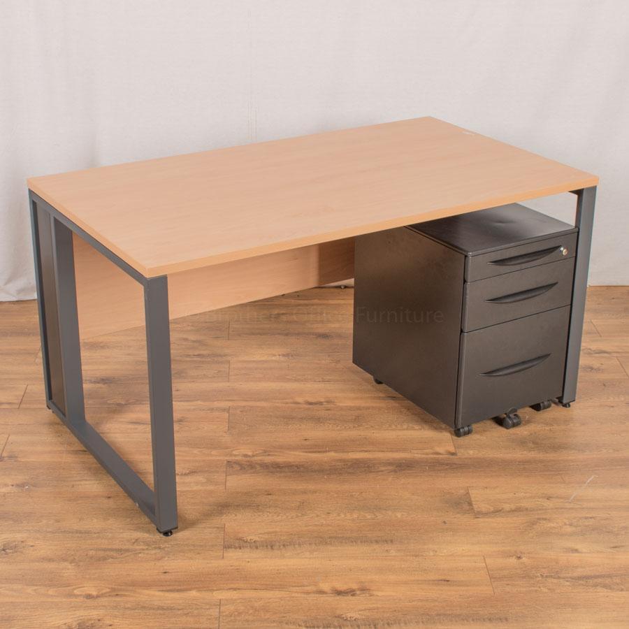 Castelli Beech 1400x800 Bench Workstation