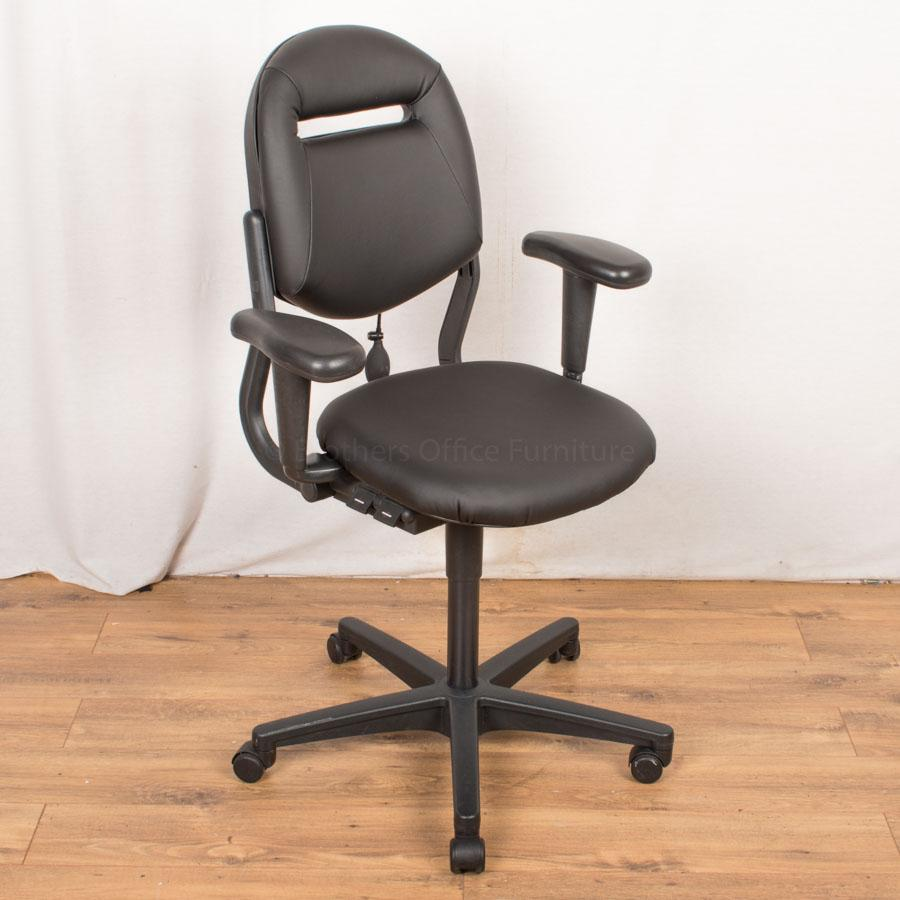 Ahrend 220 Operators Chair | Real Leather